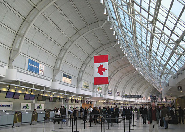 Top Canadian Busiest Airport YYZ